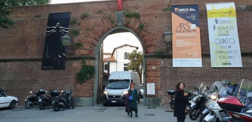 הכניסה לביאנלה בפירנצה 2019-min